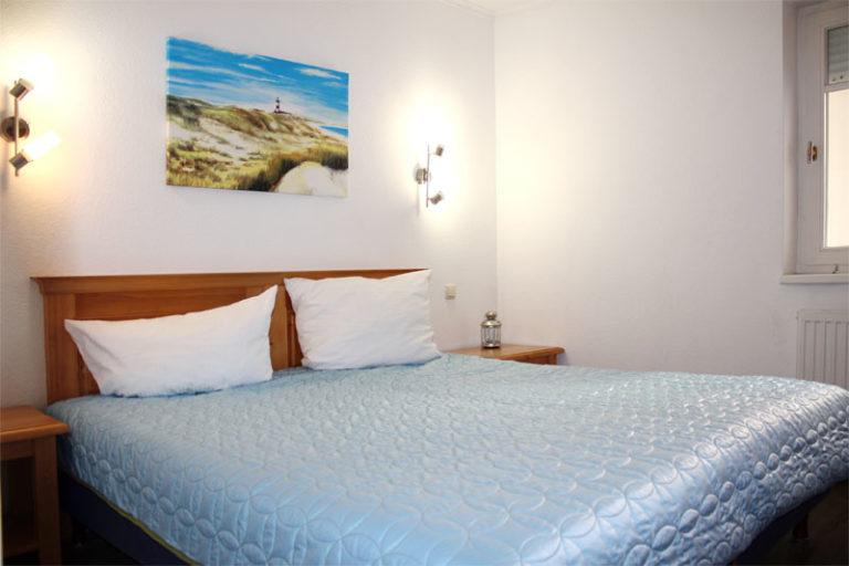 Schlafzimmer Ferienwohnung Sonnenburg Kühlungsborn